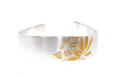 Protea single flower bracelet s/g